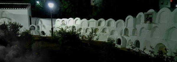 Noche en el cementerio masónico